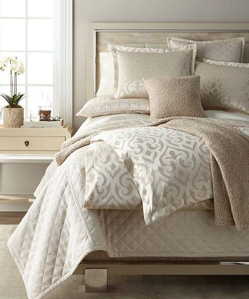Ann Gish Scroll Bedding