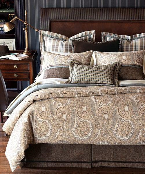 Lodge Bedding