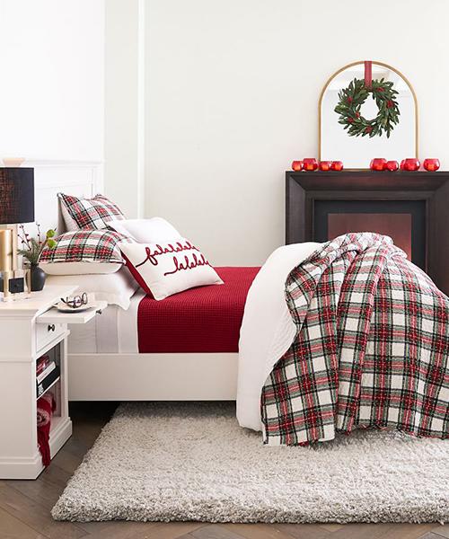 Pickstitch Christmas Cotton Quilt