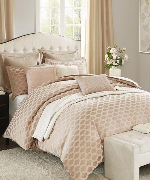 Madison Park Romance Comforter